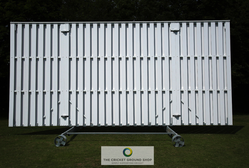Hi-visions 8m foldaway sight screen fully extended